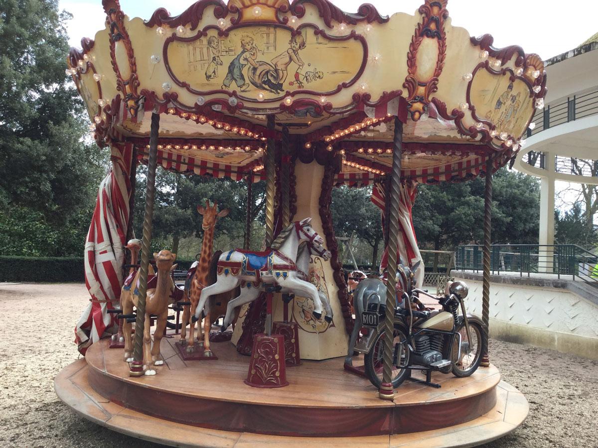 Mini Carrousel au Jardin des plantes à Rouen